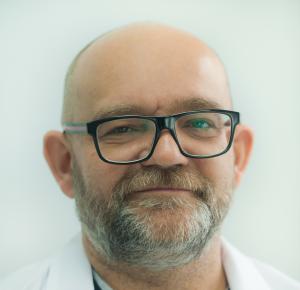 Dr Jacek Gałczyński
