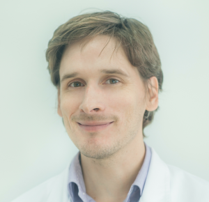 Dr n. med. Adam Gałązka, laryngolog